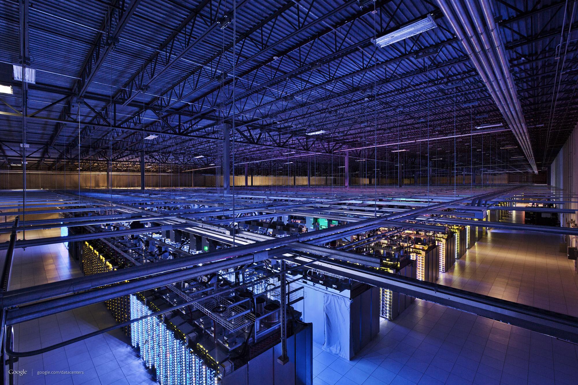 办公室的秘密_数据中心计算机 - 感受机器之美,Google数据中心精彩图赏 - 超能网